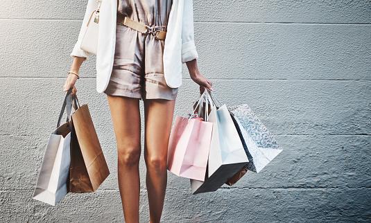 Les tendances mode printemps été : couleur, tissu, style
